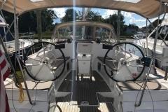 2013-jeanneau-409-cockpit